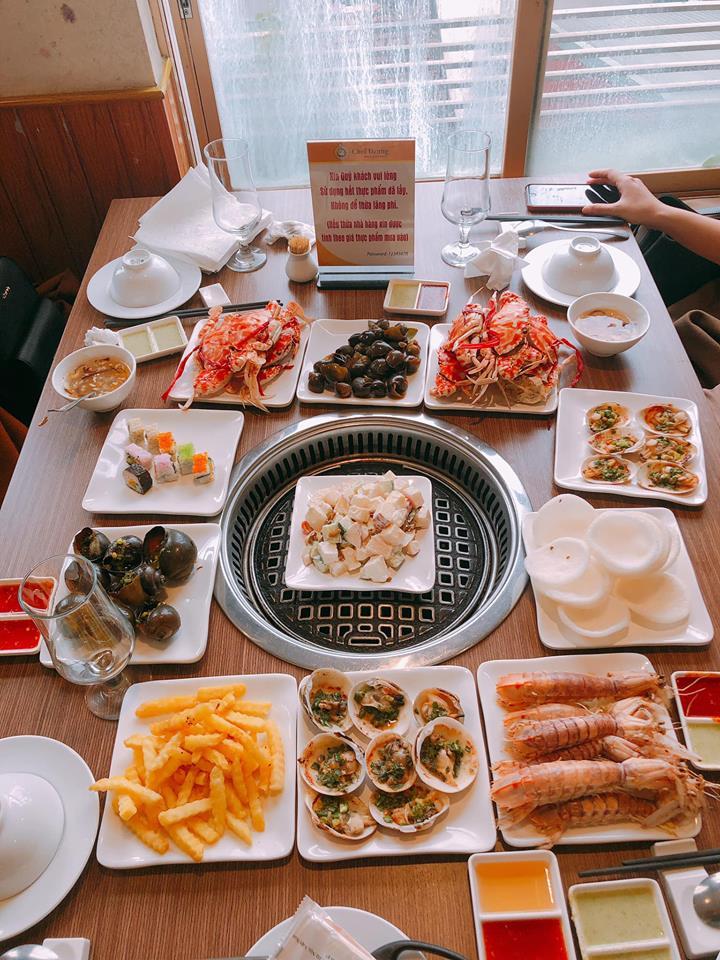 Buffet hải sản Vhef Dzung