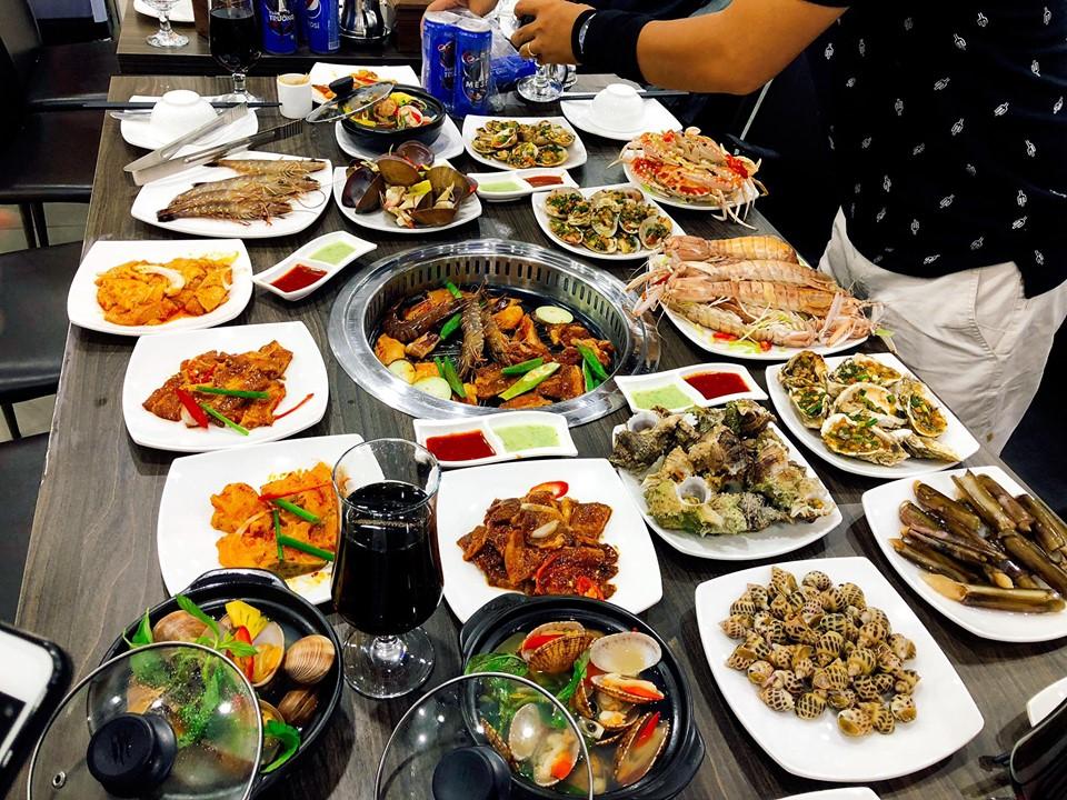 Poseidon Buffet Lê Văn Lương
