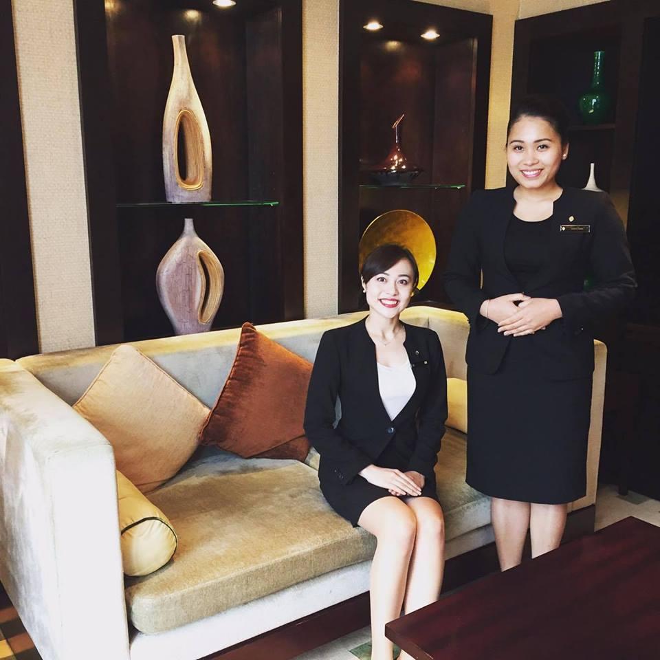 Đồng phục của quản lý tại khách sạn Intercontinental Ha Noi