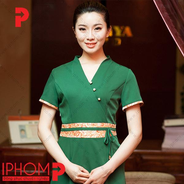 dong-phuc-nhan-vien-spa-vay-lien-mau-xanh-la