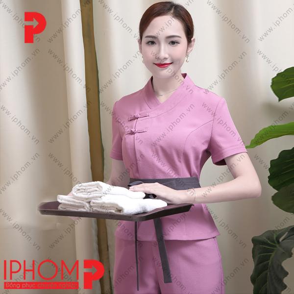 mau-dong-phuc-spa-quan-ao-mau-hong-sen-dep